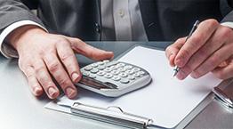 Odwrotne obciążenie w VAT na usługi budowlane – problemy praktyczne